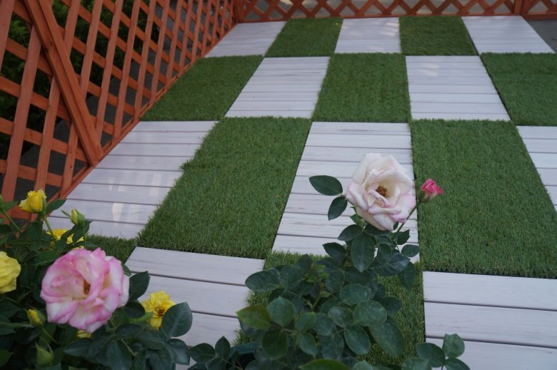 high-end plastic patio tiles pvc anti-siding garden path-7