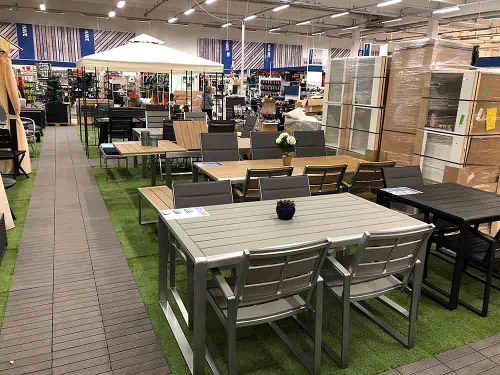 Jiabang WPC & artificial grass decking tiles for Chain store floor renew project in Denmark